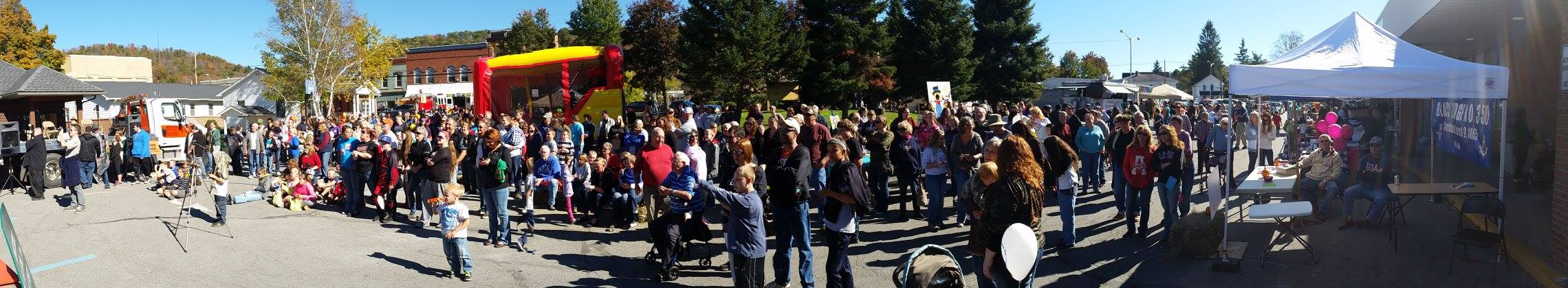 The Crowd at Blossburg Fall Festival